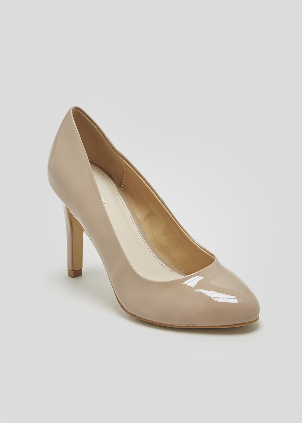 4b9e4d478a This review is from Round Toe Court Shoes.
